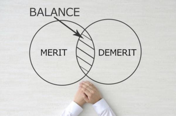 転職活動の悩みは自分の市場価値を判断軸にすれば解決する