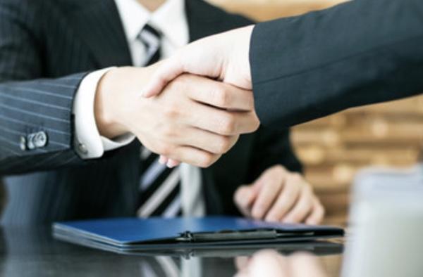 応募企業から内定をもらった後の進め方【20代転職成功マニュアル】