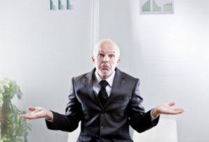 なぜ転職できない無能な人ほど自己評価が高いのか?
