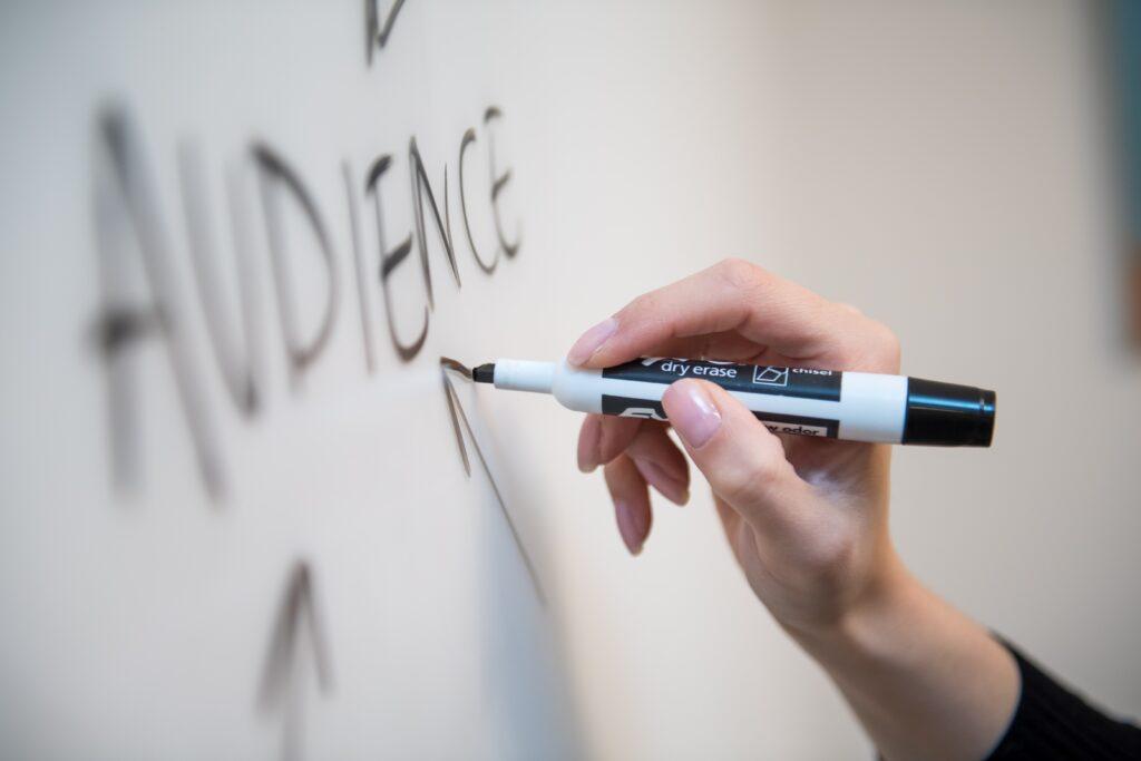 中小企業のWEB戦略はキーワード選びで9割決まる理由【失敗談あり】